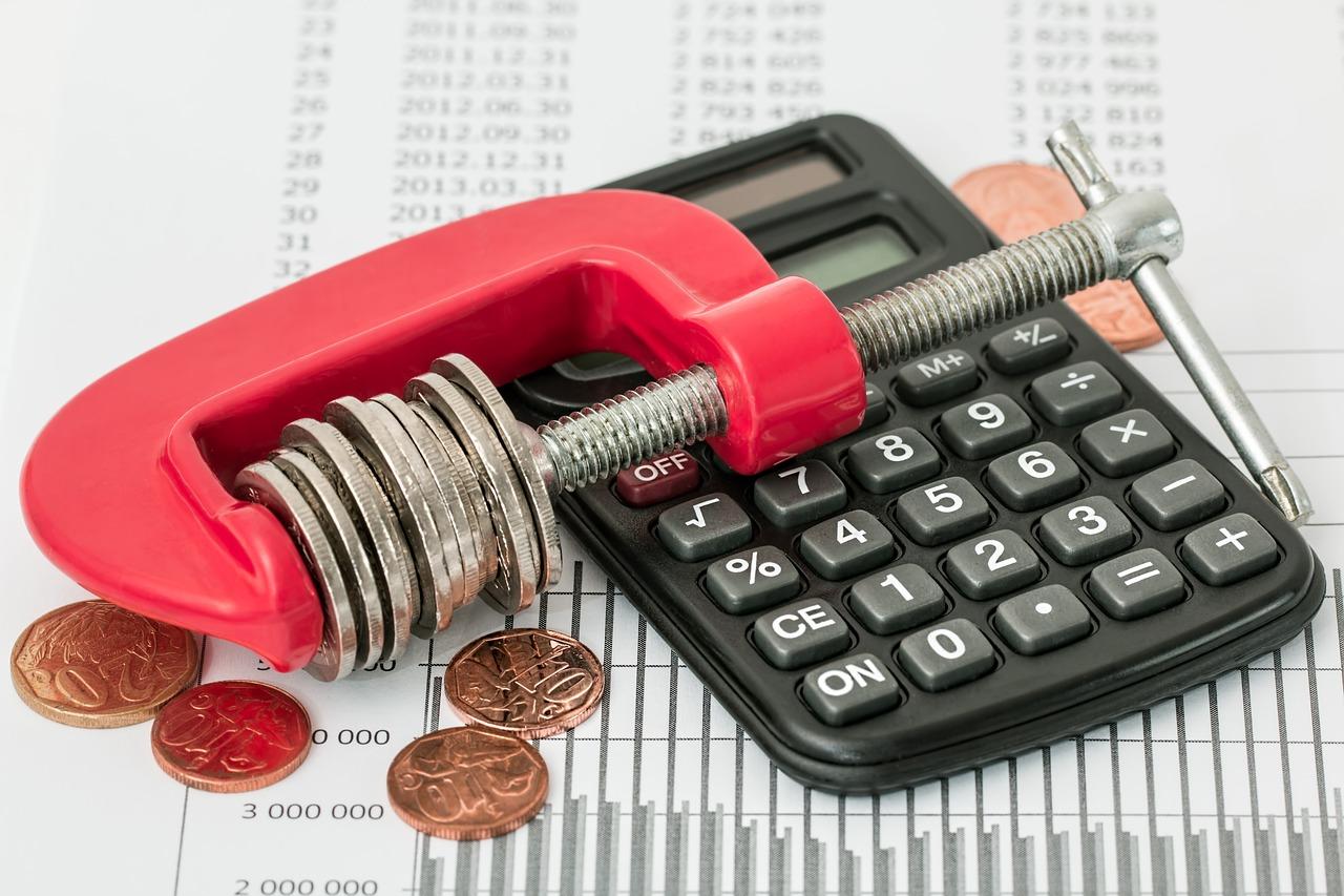 消費税10%なんて怖く無い!電話で出来る節約術を紹介